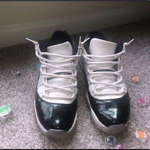 Mens Air Jordan 11 Low (with box)